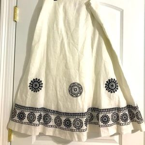 Nygard collection embroidered detail skirt